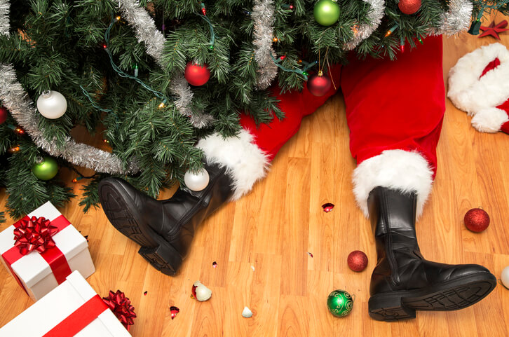 Avoiding Holiday Stress: Tips For Staying Sane (And Out Of Trouble)